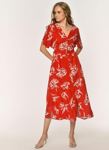 Loves You Çiçek Desenli Kuşaklı Viskon Elbise Kırmızı